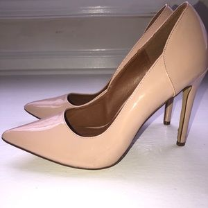 Steve Madden Pointed Toe Pumps